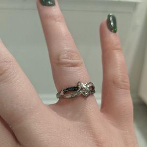 Kay Jewelers Jewelry - Size 5 Kay's Jewelers ring